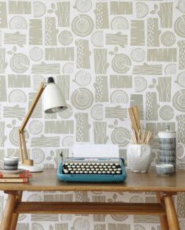 Roddy & Ginger Logpile Wallpaper