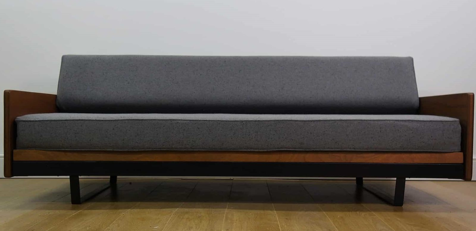 Robin Day sofabed MCM