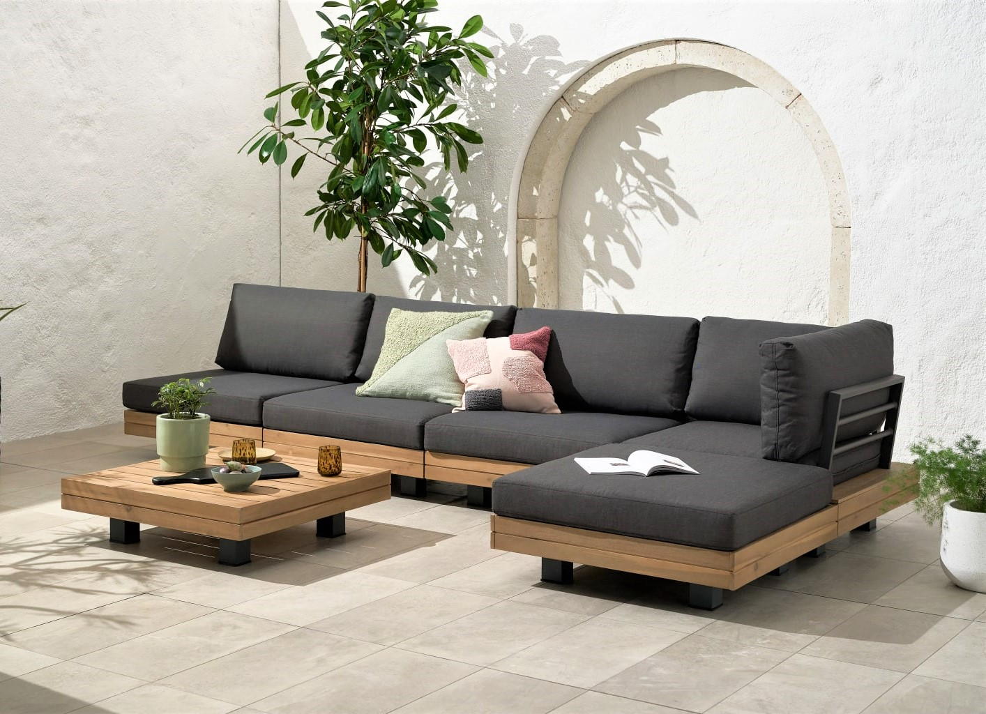 Avarna Corner Modular Lounge Set