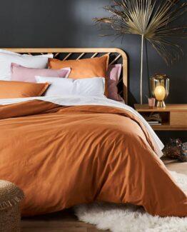 Anda Solid Oak Bed